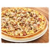Большая пицца с грибами и ветчиной